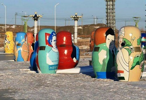 Giant Matryoshka dolls