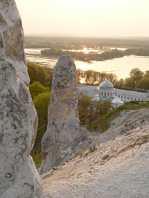 White Cliffs of ancient sea - Divnogorie