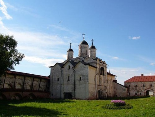 Kirillo-Belozersky Monastery. Preobrazhenskaja Gate Church