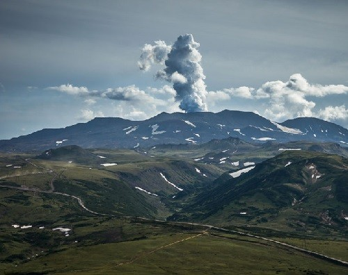 Gorely. Active volcano, located in the south of Kamchatka, refers to the East Kamchatka volcanic belt