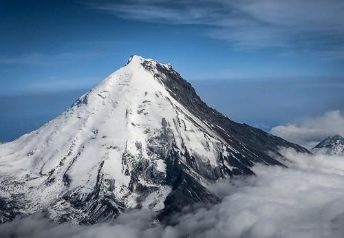 Kamen Volcano
