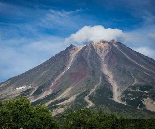 Khodutka volcano with a cloud