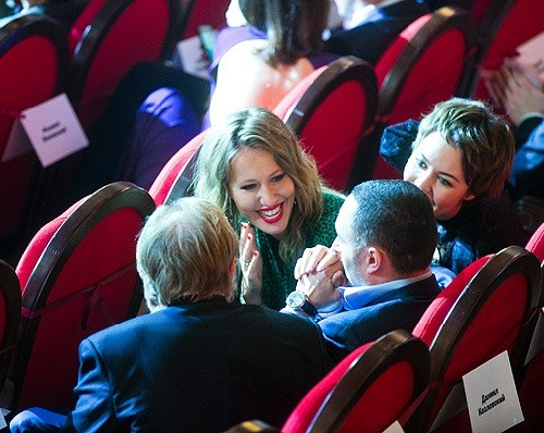 Ksenia Sobchak and Ulyana Sergeenko in the hall