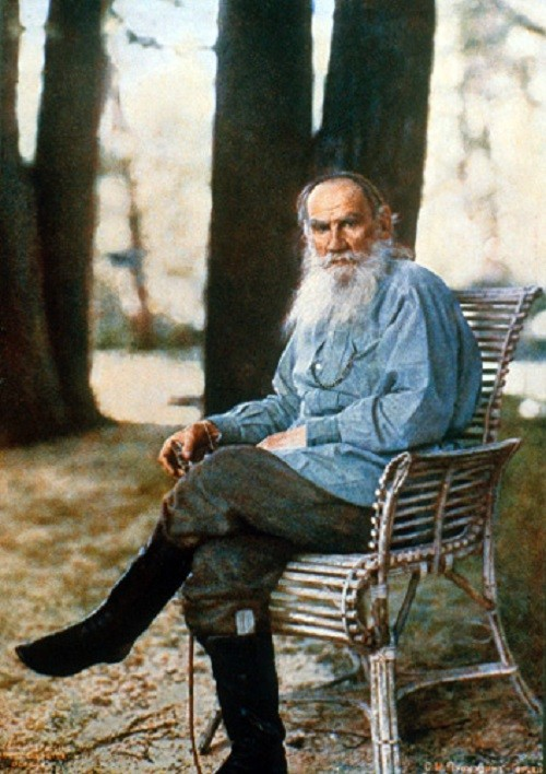 Russian Genius Leo Tolstoy in Yasnaya Polyana, 1908, the first color photo portrait in Russia, May 1908, photo by Sergey Prokudin-Gorsky
