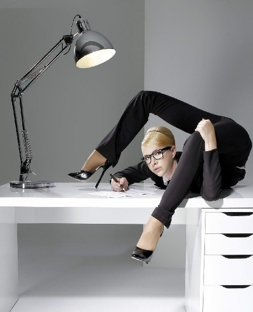 Female Contortionist Zlata