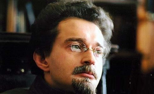"Konstantin Khabensky as Trotsky in the film ""Yesenin"""