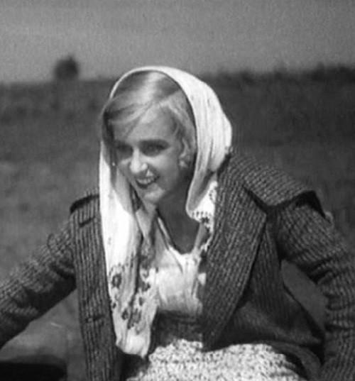 Russian actress Marina Ladynina