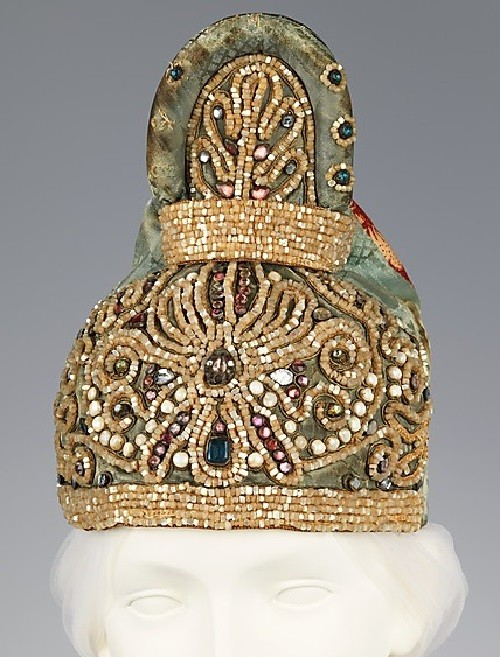 Headdress. Date - first quarter 19th century Medium - silk, linen, glass, mother-of-pearl, metal