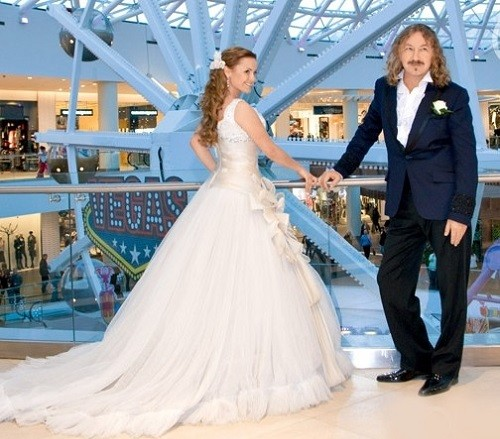 Russian celebrities unequal marriages. Igor Nikolaev and Yulia Proskuryakova