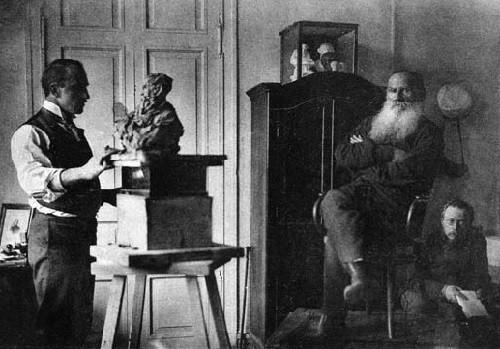 sculptor Prince Paolo Troubetzkoy sculpts portrait of LN Tolstoy, Gorbunov reads aloud