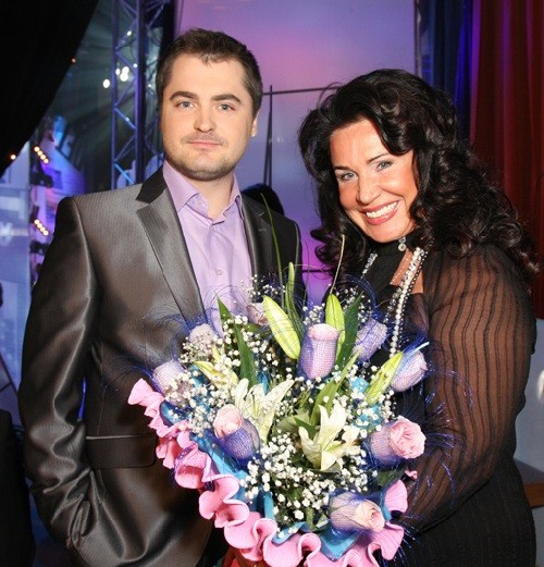 Russian folk singer Nadezhda Babkina is 30 years older than her husband Evgeny Gora
