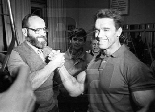 Yury Vlasov and Arnold Schwarzenegger, February, 1988