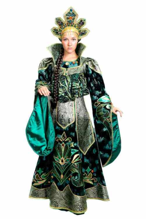 Costume of Mistress of Copper Mountain. Stone Flower inspiration