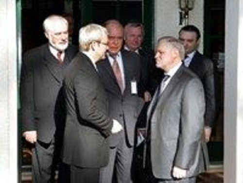 Pyotr Patrushev interprets for Prime Minister Kevin Rudd and Russian Upper House Speaker Sergey Mironov
