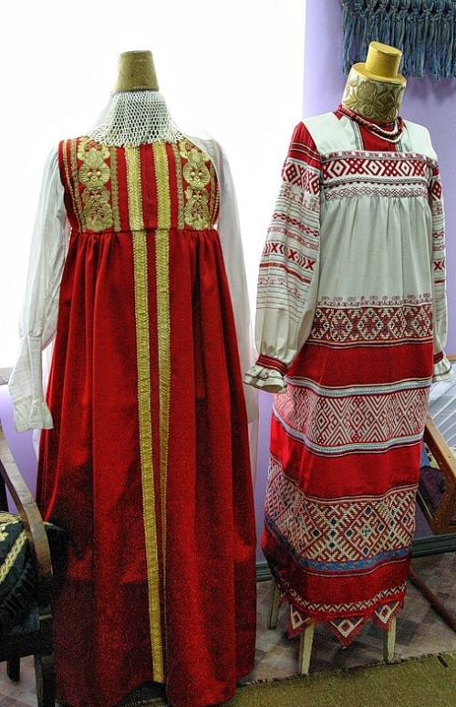 The museum of Gold embroidery school in Torzhok. Students' work