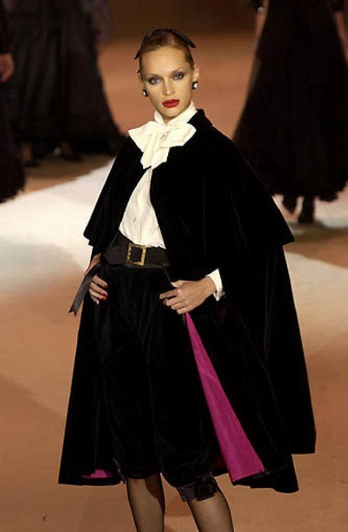 Yves Saint Laurent. Spring 2002 Haute Couture