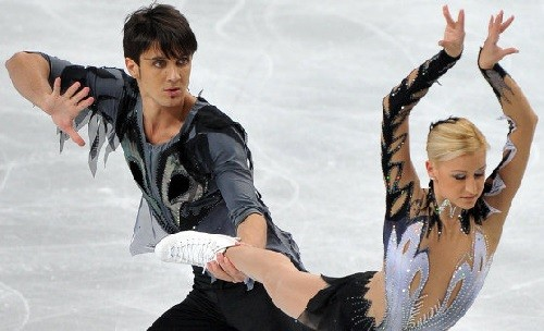 Russian pair skaters Tatiana Volosozhar and Maxim Trankov
