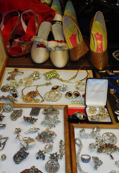 Vintage brooches, shoes