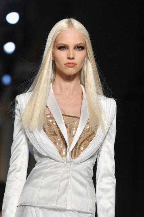 Russian supermodel Sasha Luss. Atelier Versace Haute Couture Spring Summer 2014