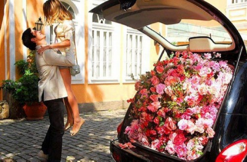 Cherniavsky loves girls, always happy to spoil them with gifts