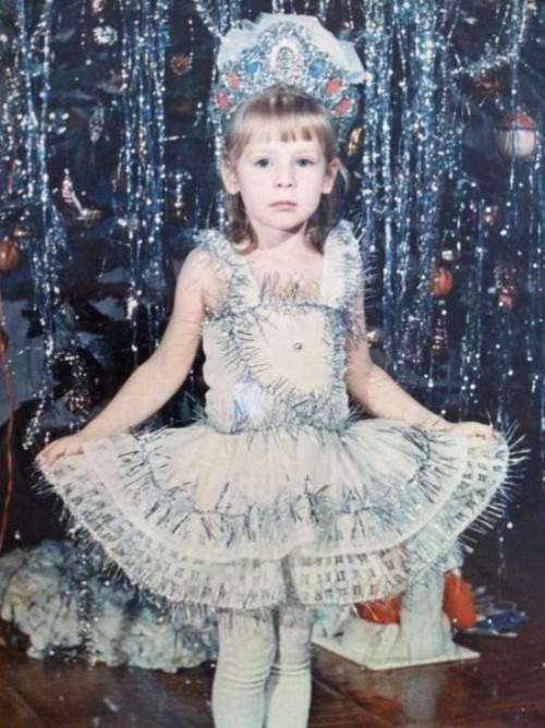 Julia Alipova aged 3-4