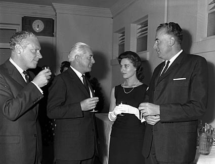 Tanya with the political leadership of Australia