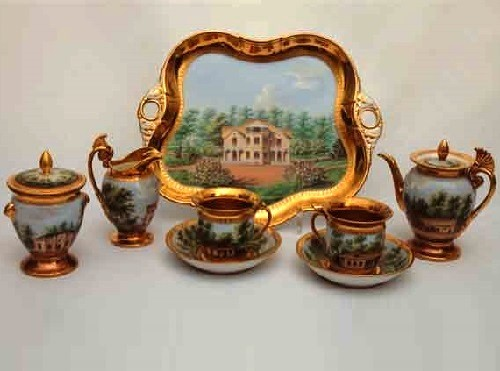 Set tet-a-tet with views of the park 'Alexandria' in Peterhof. 1831. Painting on forms of Popov factory. State Museum of Ceramics and Kuskovo Museum-estate of XVIII century