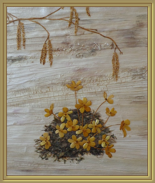 Spring snow. Straw art by Lydiya Retivskaya