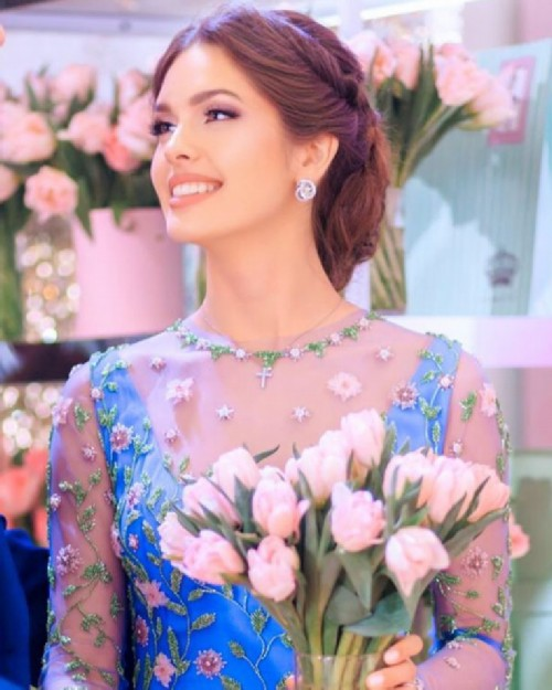 Russian Rapunzel Elizaveta Golovanova