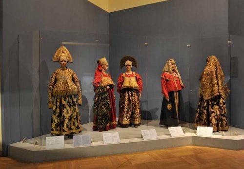 Russian folk costume of the 18th century