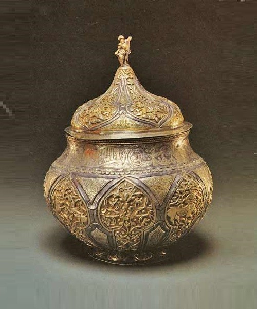 'Bratina'. The 1-th third 17 c. Donated by Feodor Nikitich Apraksin. Sergiev Posad Museum collection