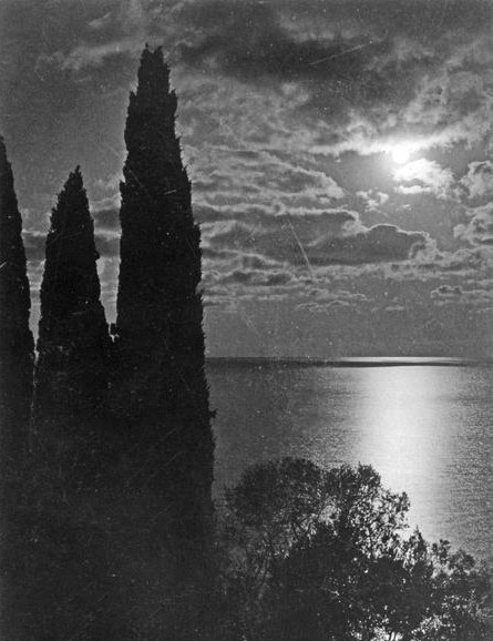 Black and white photographs of Crimea