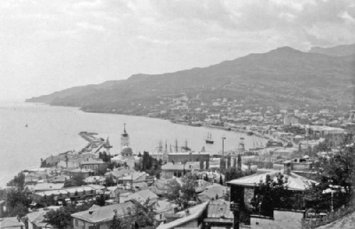 Yalta on the east side 1905