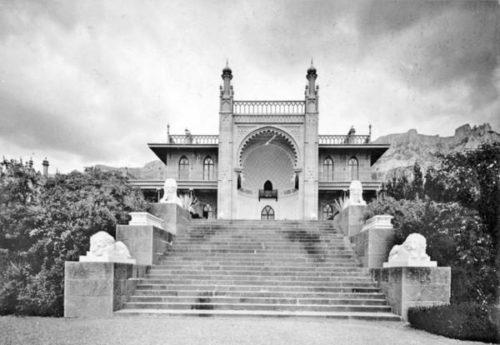 Alupka. Lion's Terrace