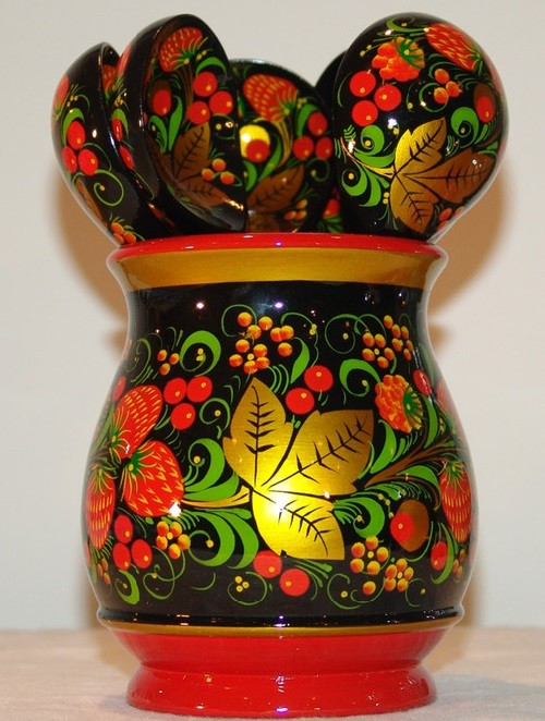 Khokhloma folk craft
