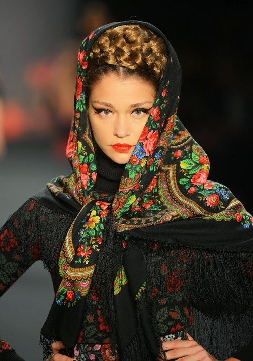 Russian Rock 'n' Roll, Winter 2013/2014 collection, traditional Russian style, designer Lena Hoschek at the Mercedes-Benz Fashion Week
