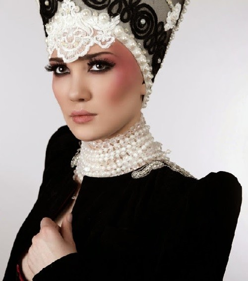 Russian style in clothes from Julia Latushkina