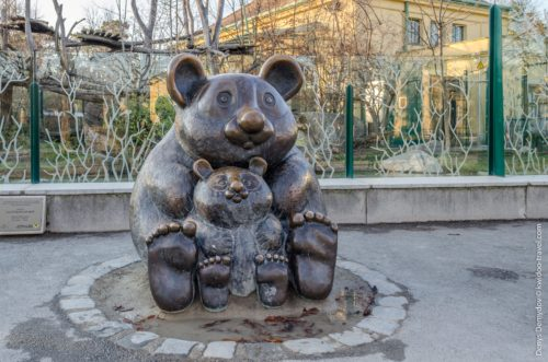 Monuments to Bear in RussiaBear sculptures in Bratsk