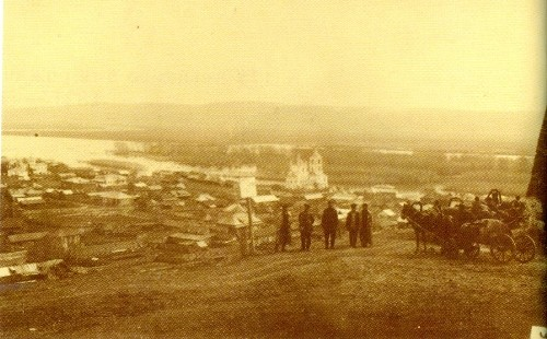 Old photo of 1913 Kuznetsk
