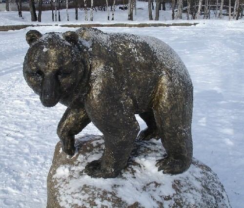 Monument to a bear in Petrozavodsk, Karelia