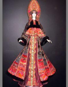 Russian folk costume dolls by Elena Pelevina