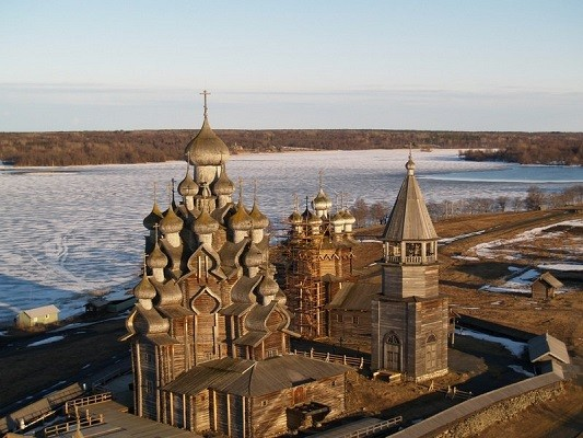 Kizhi is a state historical, architectural and ethnographic museum-reserve located in Karelia.