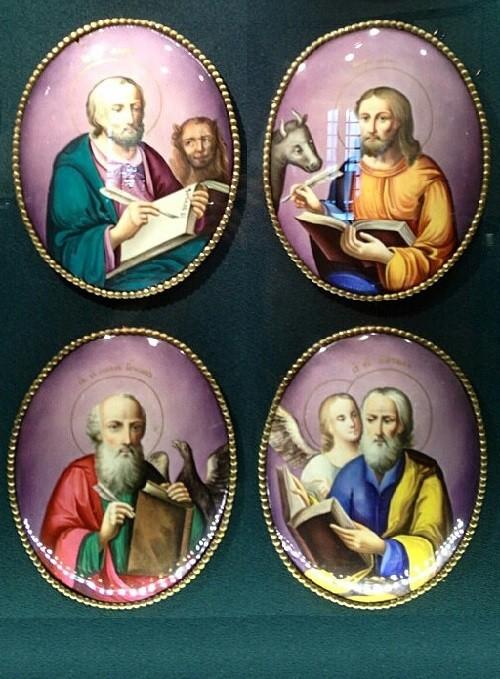Exhibits in the Museum of finift (enamel) in the Rostov Kremlin