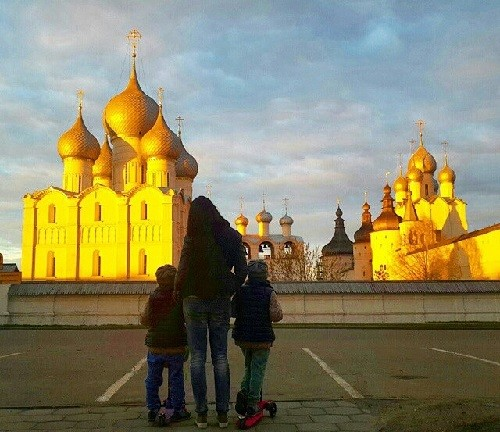 Gold sunset at The Rostov Kremlin Museum Preserve, lucky photographer