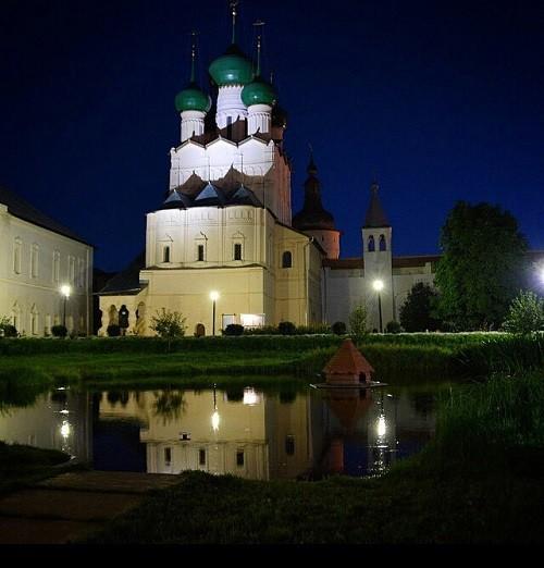 Night at the Rostov Kremlin