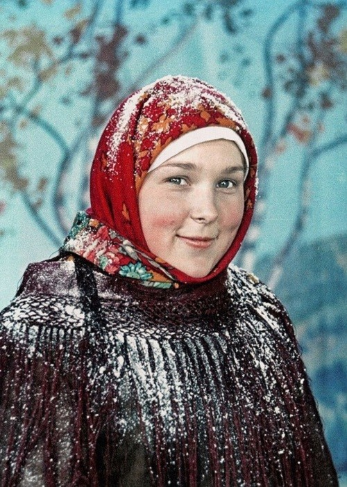 Vera Vasilyeva in the movie 'Legend of the Siberian land' 1947