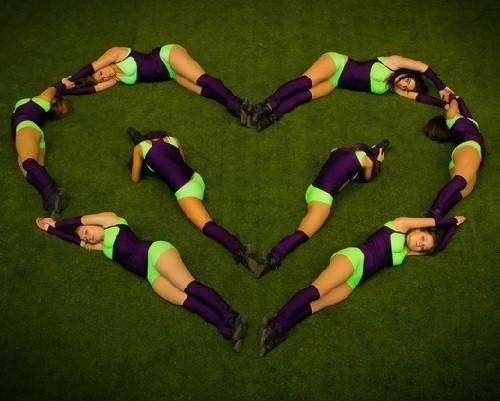 Cheer leaders' Heart