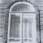 A window casing (Simanovskiy str., 55)