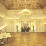 Dancing hall. Arch. A.Mikhailov, 1830's.