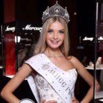 Gorgeous Polina Popova